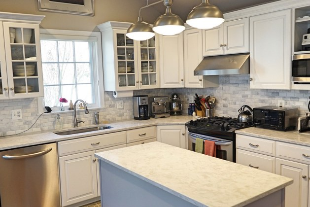 Essential information regarding floor installation and kitchen remodeling in your home