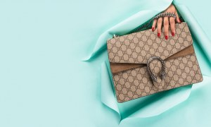 Get the coveted Fendi handbags Australia at a Discounted Price